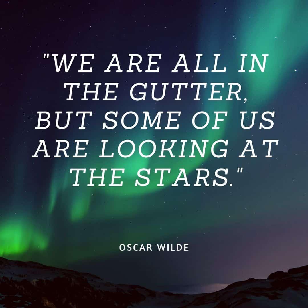 oscar wilde quute written on starry backgorund