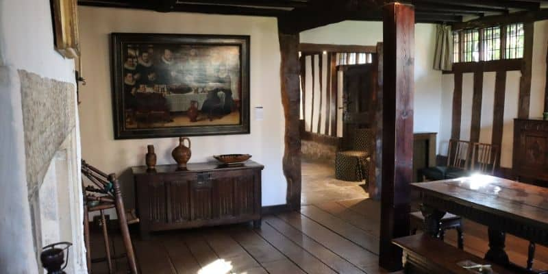 Entrance hallway at Hall's Croft, complete with Tudor furniture and paintings