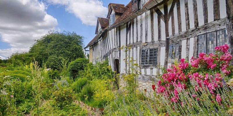 Mary Arden's Farmhouse garden
