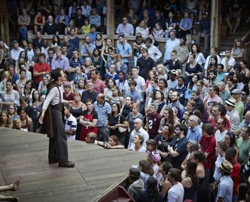 groundlings at Shakespeare's globe